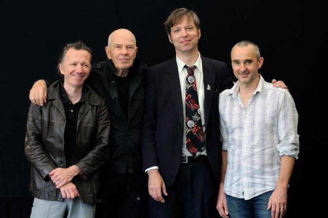 Heinz Sauer Quartett / Jazz im Park des Museums fŸr Angewandte Kunst am 29.7.12 / Heinz Sauer (Saxofon), Christophe Marguet (Schlagzeug), Daniel Erdmann(Saxofon) / Johannes Fink (Bass)